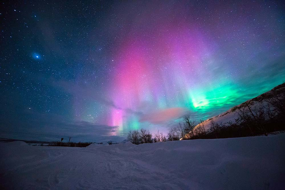 Why Seeing the Northern Lights Canada is a Bucket List MUST! | TierOne  Travel