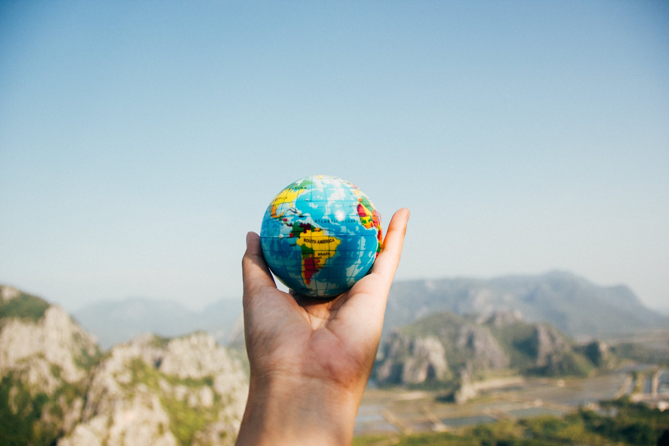 Why you should use a travel agent